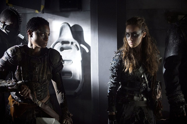 The-100-season-2-episode-7-Indra-Lexa.jpg